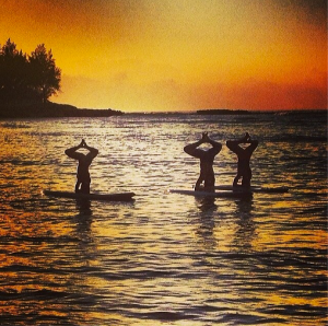 maliaaliciaWith @dashamalove and @jp_yogi at #sunset tonight#wloahu #whereiwanderlust #bogayoga #sup #yoga #love