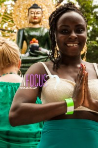 A very kind young lady allowed me to snap her perfect smile for the buddha!
